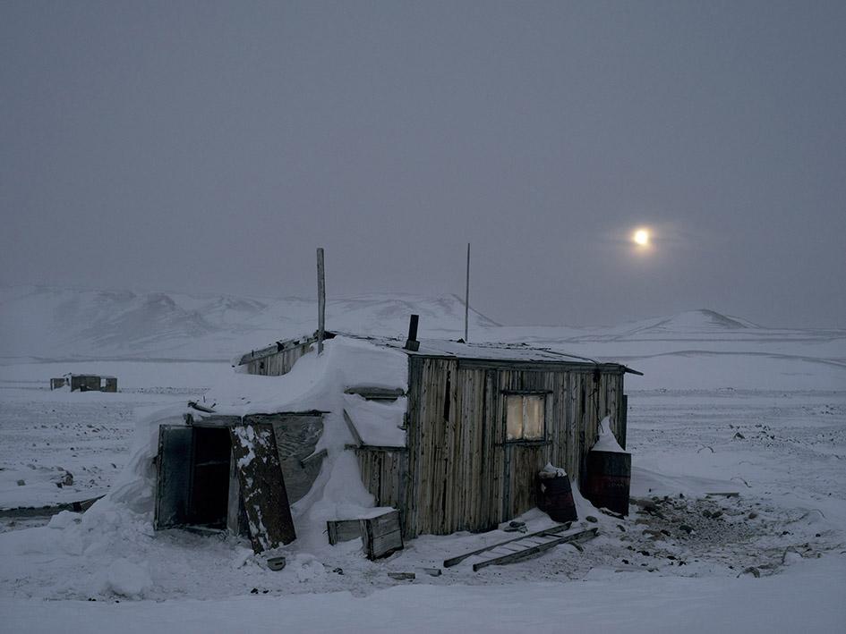Hut in Narsaatsuk, 2016